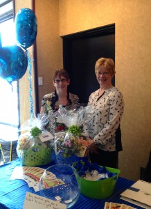 Retired RRTeacher Leaders Helen Tomassini and Sue Murdoch at the CIRR Conference table
